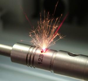Die Laserbeschriftung ist permanent und kann nicht unbemerkt entfernt werden.