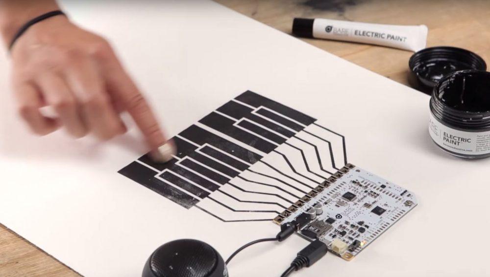 Elektrische Farbe von Bare Conductive | Bluhm Systeme Blog