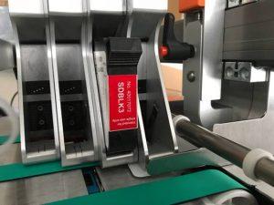 Mit zwei Handgriffen ist bei Click'n Print die alte Kartusche entnommen und die neue eingesetzt.
