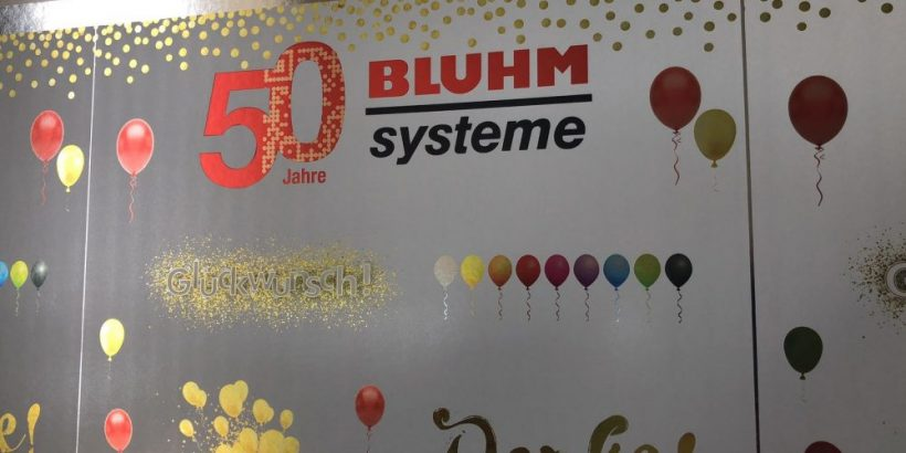Etiketten gold Bluhm Systeme