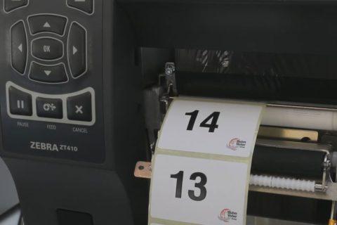 Seriennummer-Etiketten drucken am Etikettendrucker