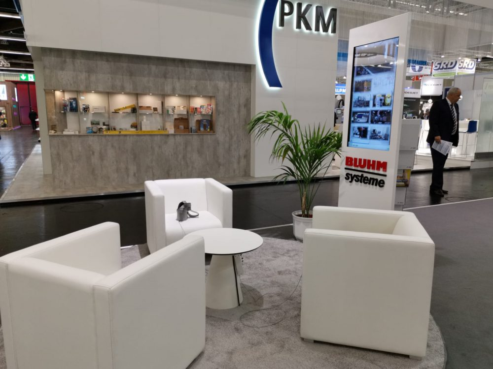 Bluhm Systeme auf der FachPack 2019 Lounge