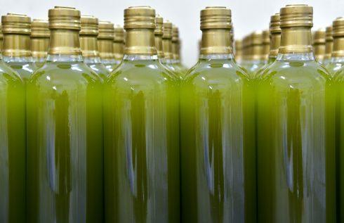 Olivenöl-Flaschen